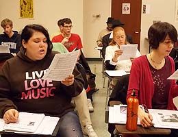 Chorus students rehearse a new song
