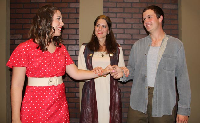 Katherine Parker Smith as Rosalind, Catherine Gendell as the Dutchess and Alex Smith as Orlando