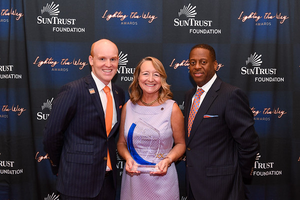 SunTrust Foundation Lighting the Way Award
