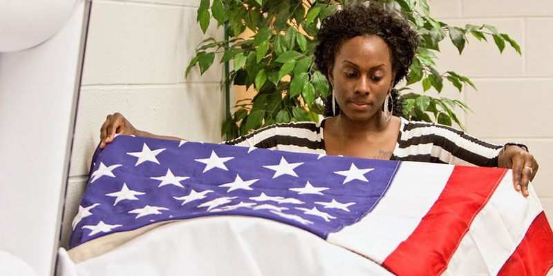 Funeral Services program student in training at TCC.